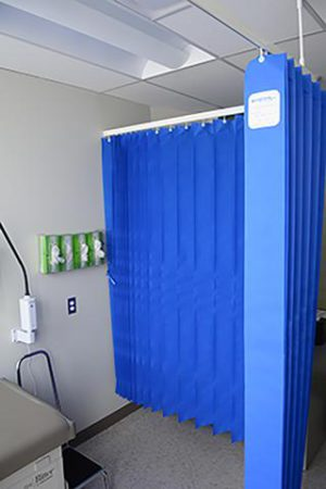 Disposable curtain